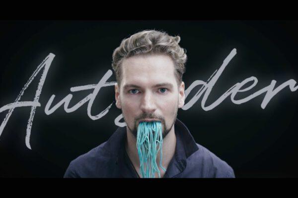 Standbild Felix Räuber Musikvideo